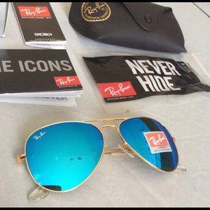 Brand new ice blue aviator ray-ban sunglasses